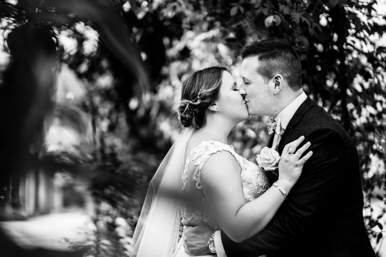 Sarah and Dans Miskin Manor House Wedding Sneak Peak